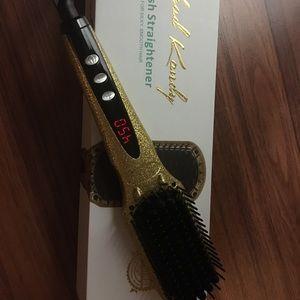 Head Kandy Brush Straightener.